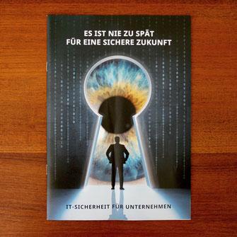 Editorialdesign, Grafikdesign, Corporate Design, Flyer, Postkarte, Grafikdesign Stuttgart, Eiscafé, Restaurant Design, Gutschein Design, Illustration, Typografie