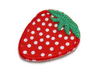 !B gesticktes Bügelbild rote Erdbeere mit weißen Punkten