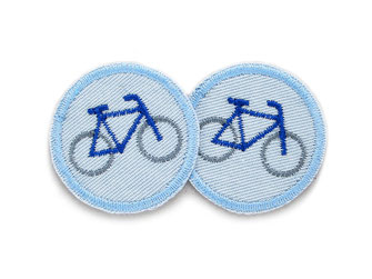Bild: hellblaue Mini Jeansflicken mit Fixie Fahrrad zum aufbügeln, Patch mit Rad