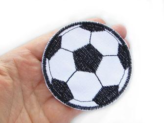 Bild: gestickter Fußball Aufnäher zum aufbügeln 7 cm
