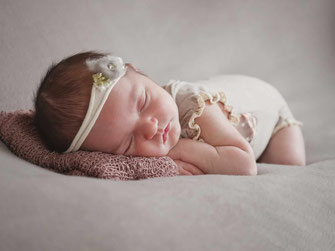 Annette Hofmann Fotografie, Pegnitz, Babybilder, Fotostudio, Premiumbilder, Newbornfotografie, Familienfotos, fraenkische Schweiz
