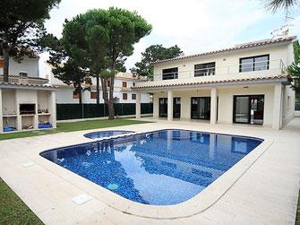 Снять дом в Испании, недалеко от моря, город Сагаро