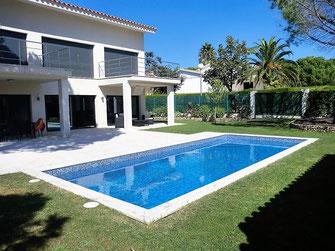 Арендовать недвижимость в Испании: снять дом в Сагаро, недалеко от пляжа Сант Пол