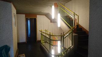 Treppenhaus mit neuer Beleuchtung