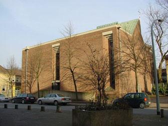 Kirche Heilig Kreuz in Neuenkamp