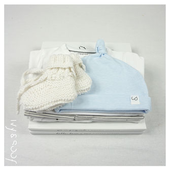 baby muts baby mutsje babykamer baby kleding baby kleertjes prematuur kleding
