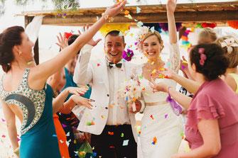Gäste, die bei der Trauung integriert werden, haben mehr Spaß