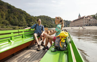 Etappe Donau-Panoramaweg: Neustadt a.d. Donau bis Kelheim, Blick auf Kloster Weltenburg