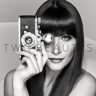 Two Beauties - Zorki Leica - Markus Hertzsch - Camera - Girl - Series