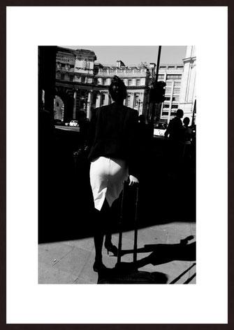 Leica Fine Art Print, Motiv: Hamburg Clouds. Diese Fotokunst ist zu kaufen, limitiert, exklusiv und in Galerie- Qualität