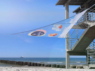 Bedruckte Segel. Sonnesegel mit Werbedruck, Dekosegel