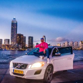 modelka walizka