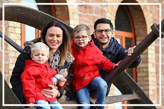 Familienshooting-Fotograf-juergen-sedlmayr-OutdoorShooting-Sandra-Manuel-Landau/Pfalz