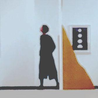 Bild einer Frau im Kunstmuseum abstrakte digital Kunst