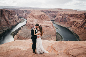 Intimate Elopement at Horseshoe Bend and Antelope Canyon