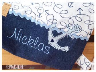 Stickdatei Stickmuster Embroidery Maschinensticken  Doodle Applikation Boot Segelboot Maritim Wellen Meer Fische Herz Stern auf hoher See Anker Ankerliebe Hamburg Herz Anchour Piraten Seefahrer