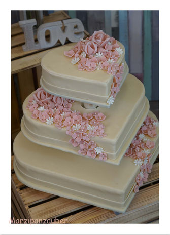 Hochzeitstorte, Wedding cake, Marzipanblüten, Marzipanrosen, Marzipandecke, Marzipanzauber