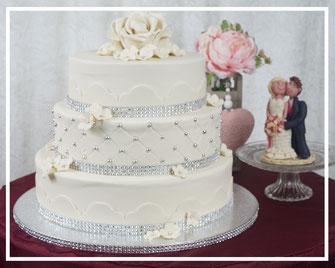 Stapeltorten Individuelle Hochzeitstorten Marzipanprasente