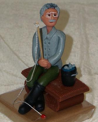 Marzipanfigur Angler, Marzipan-Geschenk Hobby Angeln