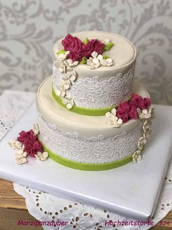 Hochzeitstorte, Weddingcake, Zuckerspitze, Marzipanblüten, kleine Hochzeit, 10 Personen, Marzipanzauber