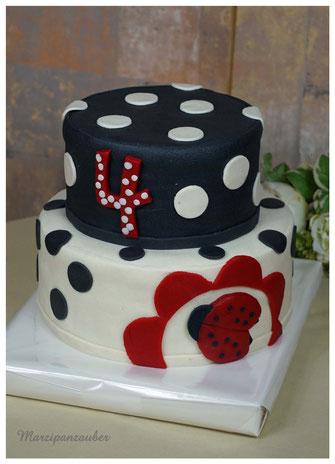 Kindergeburtstag Torte, kindergeburtstagstorte für jungs, Trakto, Trecker, Schlepper  Marzipan, Geburtstagstorte Kind, Geburtstagskuchen
