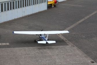 Cessna 150 D-EIVM on apron