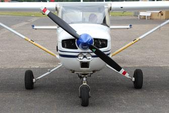 Cessna 150 D-EIVM front
