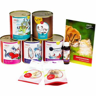 Katzenfutter-Kennenlern-Paket mit verschiedenen 810g Katzengerichten für die gesunde Ernährung von Katzen zum ausprobieren.