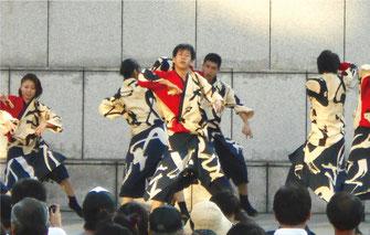 AZUKIの演技画像