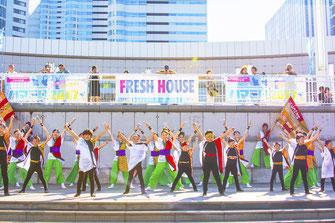 横濱やくどうの演技画像