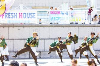 舞ルネサンスの演技画像