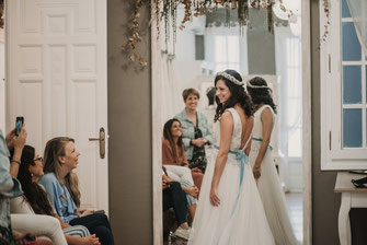 María by Martha Peters|El vestido de la novia