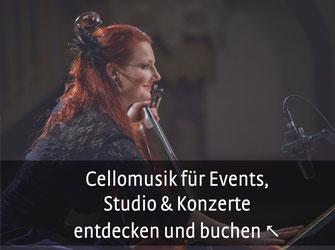 Profi-Musikerin am roten Cello lächelt freundlich ins Publikum Foto: Bernd Brundert