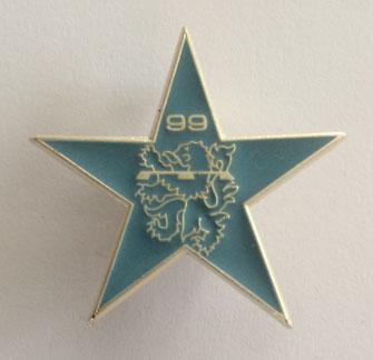 Insigne numéroté réalisé pour la dissolution du 99e R.I. en 1997 (Coll. priv. 001)