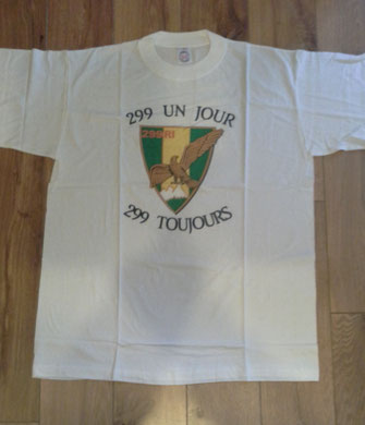 Tee-shirt ''de tradition'' créé en 1996, avant la dissolution