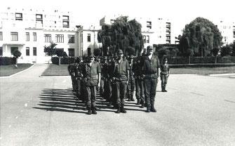 La 4e Cie (cadres) rassemblée face au drapeau