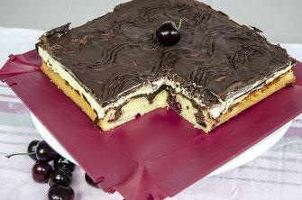 Donauwelle, Kuchen, Blechkuchen, Rezeptideen, Rezepte, coox, Wunderform, Kirschen, Schokolade