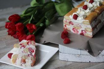 Rezept Himbeer-Sahne-Torte, fruchtig, Himbeeren, Rezepte, Rezeptideen, leckere Rezepte, coox, Wunderform, backen, kochen, Küche
