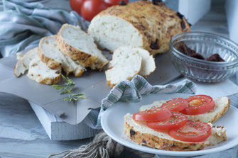Rezept Tomaten-Rosmarinbrot, Tomate, Rosmarin, Brotrezepte, Rezepte, Rezeptideen, leckere Rezepte, coox, Wunderform, backen