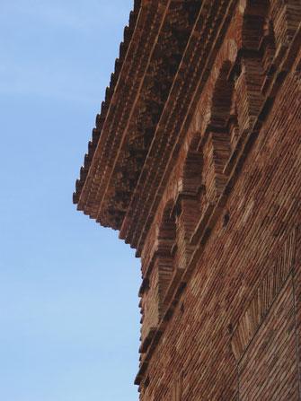 bigousteppes espagne olite mur maison pierres