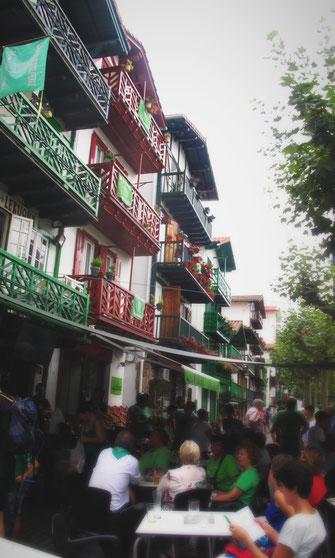 terrasse maison basque fontarabie