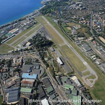 Vue aérienne de l'Aéroport de Cannes Mandelieu