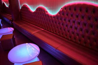 Resultado de imagen de sofas y bancadas para hosteleria