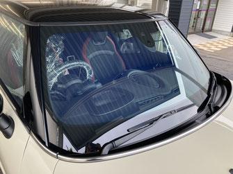 施工例3(施工後)車のフロントガラスフィルム全面貼り【カーフレッシュ新潟】