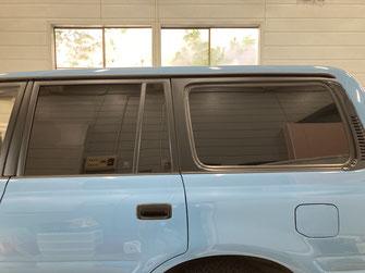 施工例:トヨタランクル80(施工後)車のガラススモークフィルム貼り【カーフレッシュ新潟】