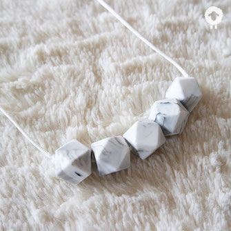 minimal marbre collier mini petit mouton
