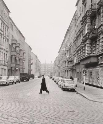 Ost-Berliner Strassenansichten