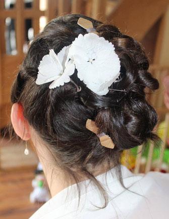 Mini-barrettes pour coiffure de mariée, assorties au noeud pap en bois du marié