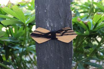 Noeud pap en bois précieux ébène et fil noir rayures noires