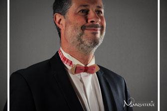 Noeud pap en bois tissu vichy rouge vintage accessoire wedding noeud papillon bois insolite